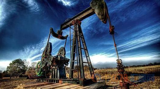 与此同时,ICE布伦特9月原油期货电子盘价格收盘下跌1.76美元,跌幅2.22%,报77.47美元/桶。