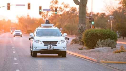 谷歌无人驾驶汽车总行驶里程突破800万英里 月增百万