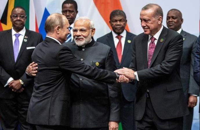 """多招齐发!印度俄罗斯欲挤进非洲""""朋友圈"""""""