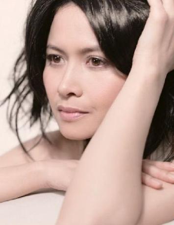 邵美琪:知性女子的坎坷人生