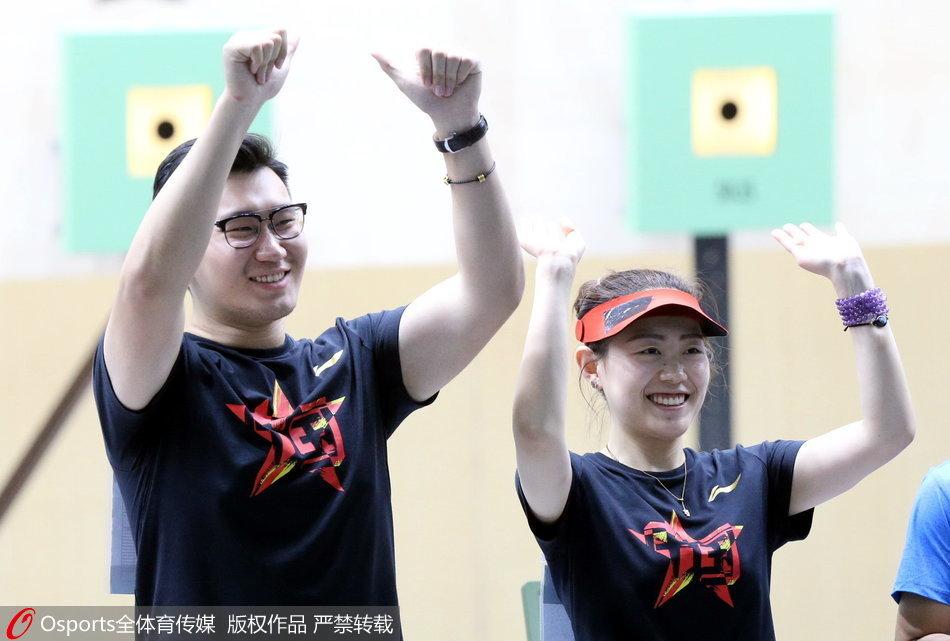 再夺一金!10米气手枪混团决赛中国队夺冠