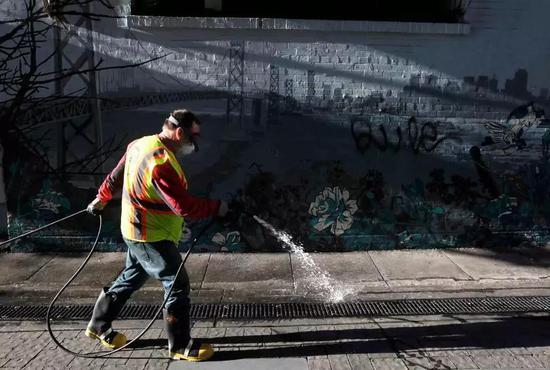 高房租下的旧金山:一座被粪便包围的城市