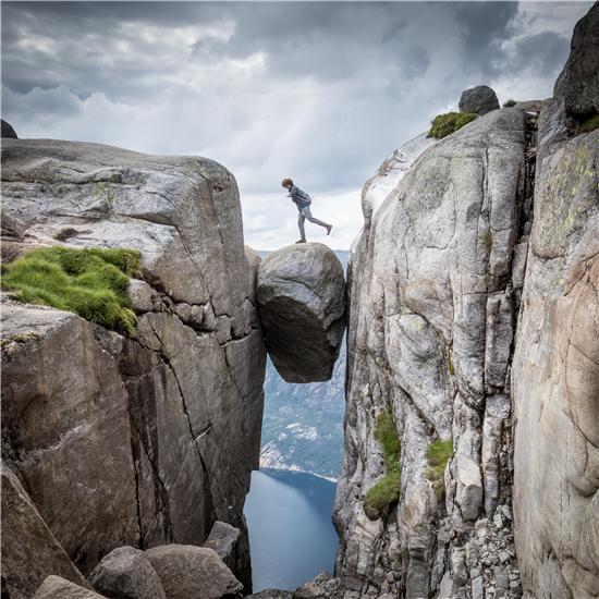 一块巨石凭啥成全球50大自然景观Top1?