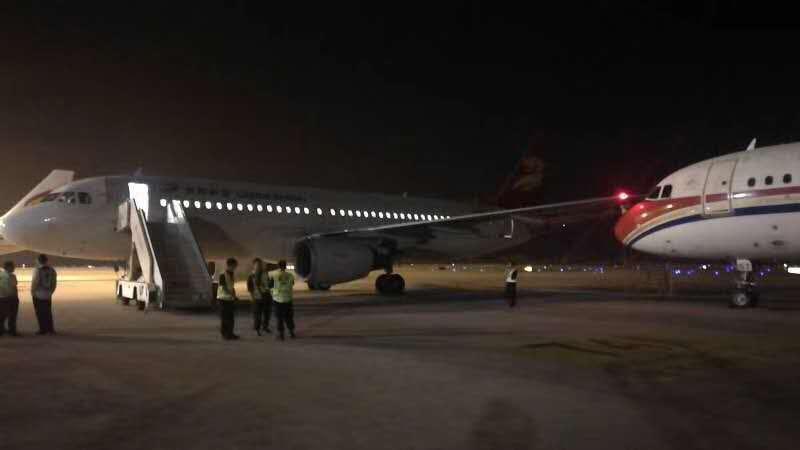 南京禄口机场两架客机发生碰擦