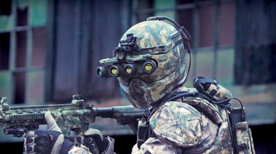 """美国特种作战司令部研发的""""黄铜骑士""""外骨骼。(图片来源于网络)"""