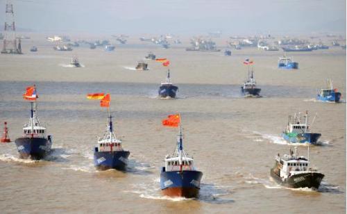 港媒:中国海上力量第三要素正在兴起:中国渔船