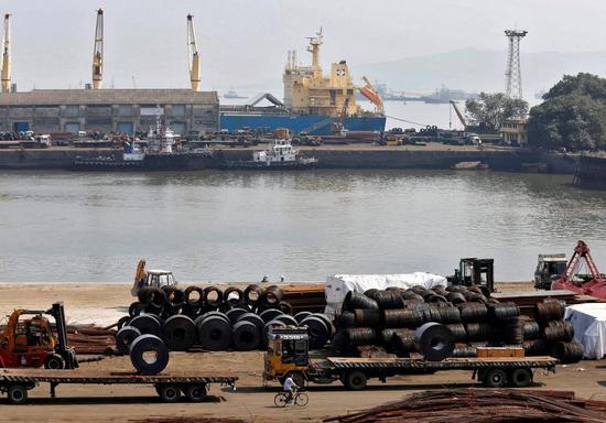 印度考虑加征钢铁关税 以支撑卢比汇率