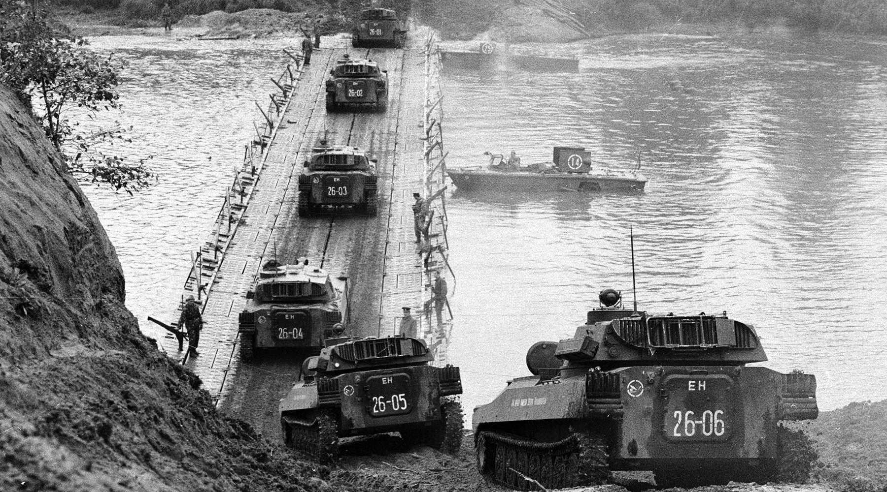 从西方81到东方18 中俄联合军演能再次震惊世界吗