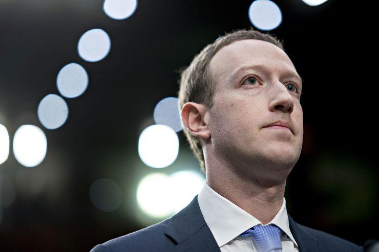 耶鲁管理专家:Facebook文化转变 创造力被傲慢取代