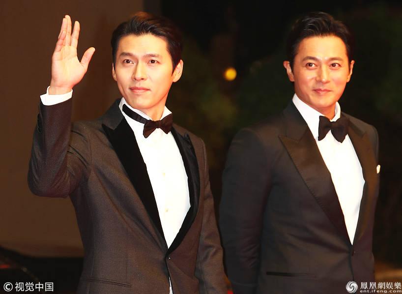 张东健玄彬现身釜山电影节 两大亚洲男神镇红毯