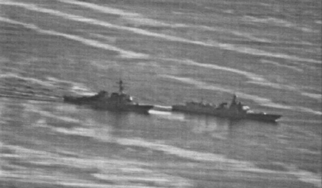现场直击中华神盾舰南海逼退美军舰 澳总理:要冷静!