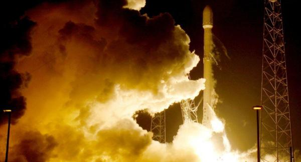 美军授予三家公司下代运载火箭竞标合同 SpaceX被排除