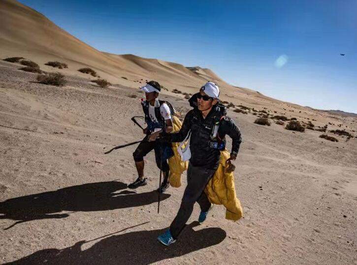 79%完赛率刷新纪录 八百流沙极限赛点亮中国越野跑