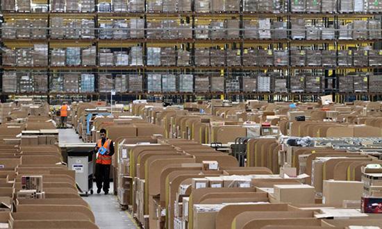 美国邮政拟运费和邮寄费用上调 明年或会让亚马逊损失逾10亿美元