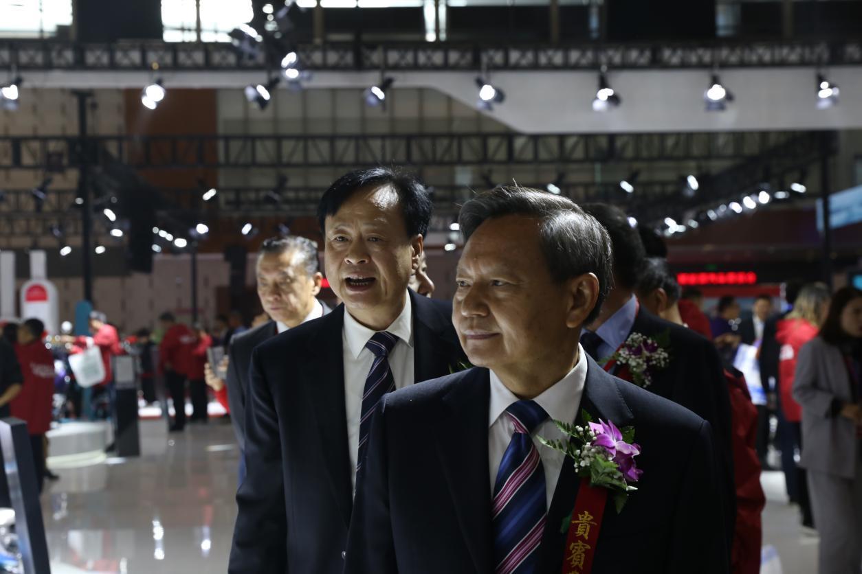 第36届中国国际新能源电动车暨零部件交易会在南京开幕