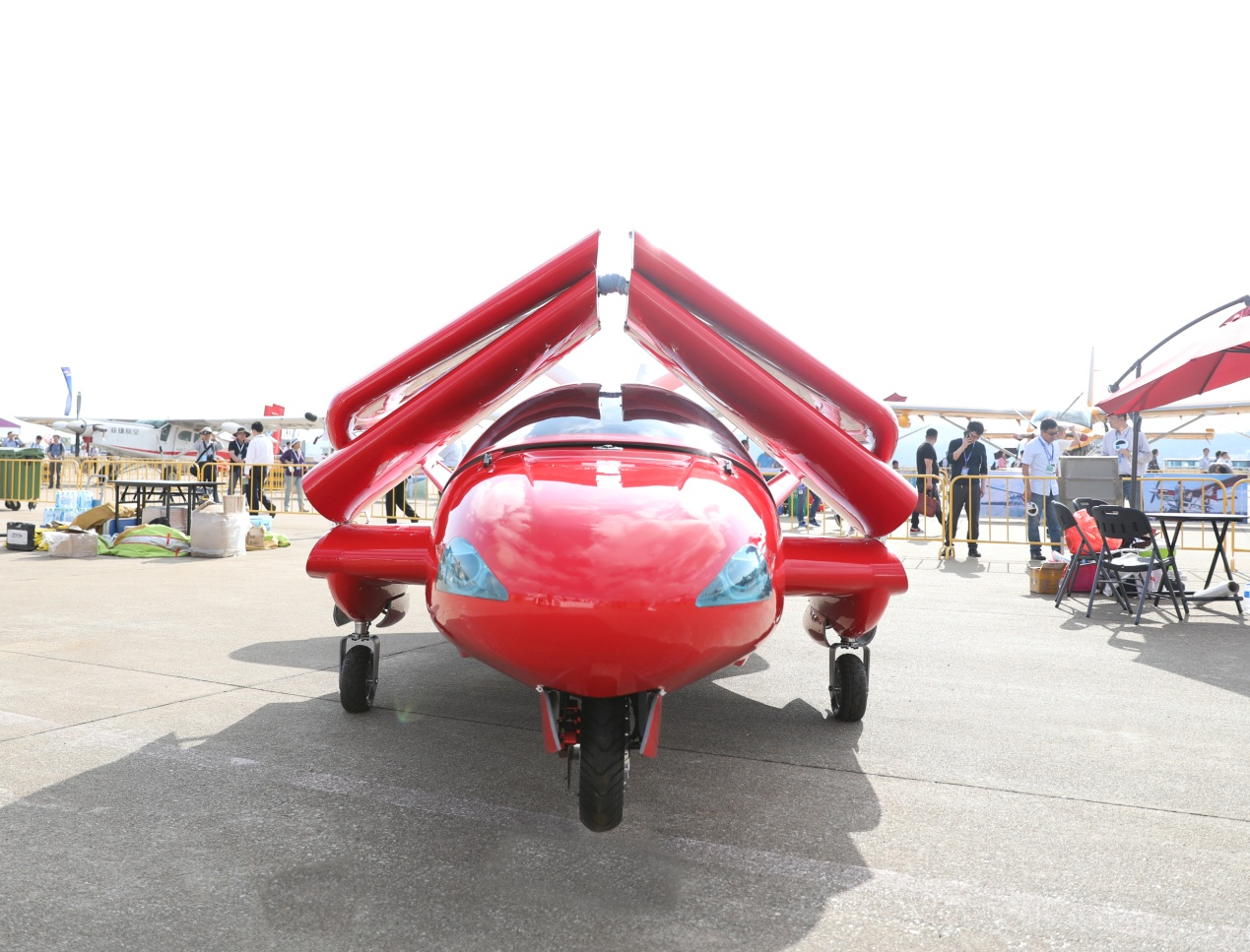 全球首款海陆空三栖飞机中国制造,亮相珠海航展引关注