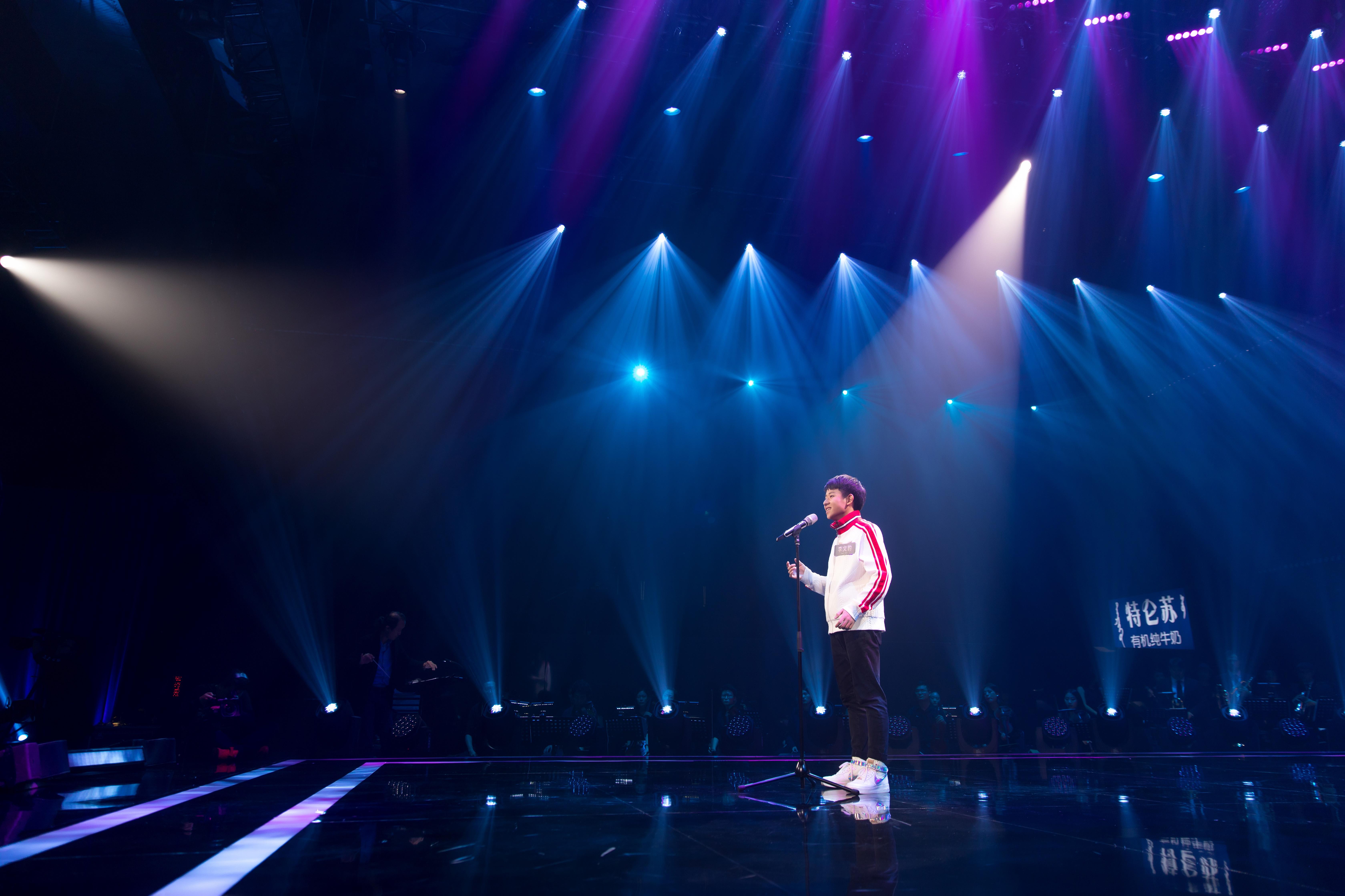 《声入人心》简弘亦首唱豪放版《不染》