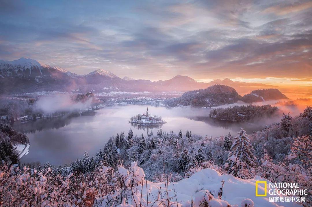 风中的温度越低,风景的颜值越高—— 斯洛文尼亚,雪中的布莱德湖畔