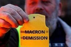 """法国学者文章:""""黄背心""""折射法国政坛深度混乱"""