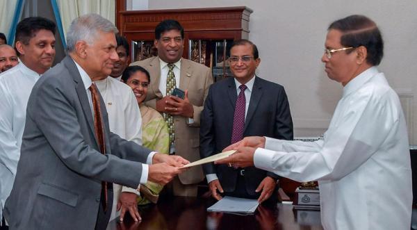 斯里兰卡剧变:总统与总理