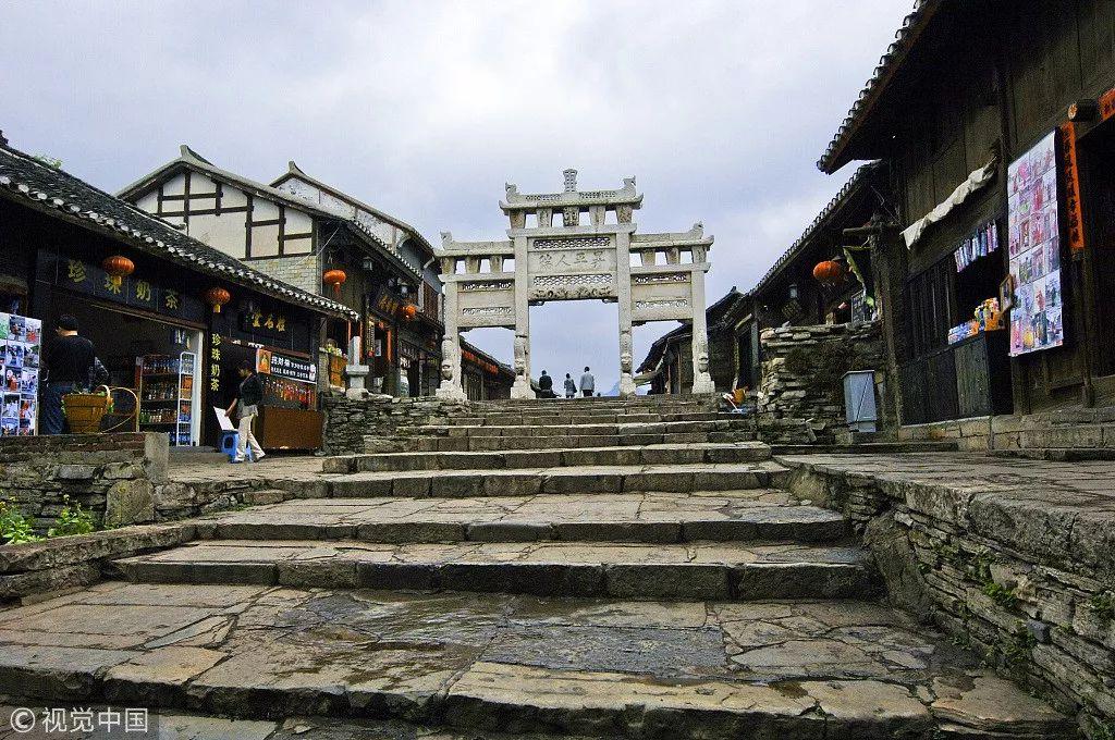"""因一只""""脚""""闻名天下 贵州这座古镇全是过去的老味道!"""