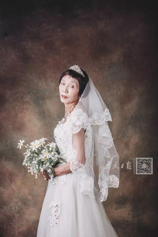 这组婚纱照,让人看着看着就哭了……