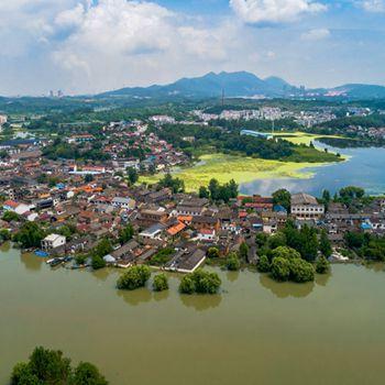 长江铜陵段水位持续上涨 铜陵战洪峰