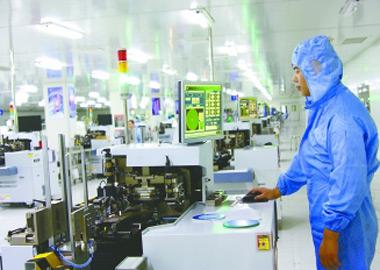 盐城企业实施矩阵照明系统研发及产业化项目