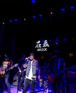石磊专访:关于摇滚的那些事儿和追梦路上的一波三折