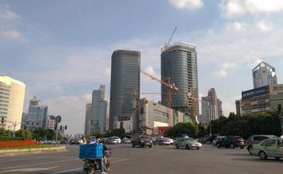 李嘉诚200亿出售其在浦东最后一个项目 中国人寿接盘
