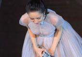 佟丽娅穿透视裙抢镜