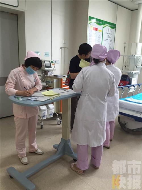 紫禁长安小区幼儿园多孩子腹痛呕吐 疑食物中毒