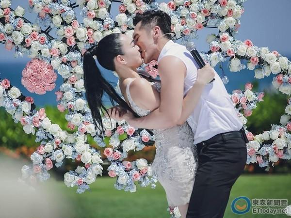 钟丽缇张伦硕曾遭男方母亲劝离:年轻点较会生【星看点】