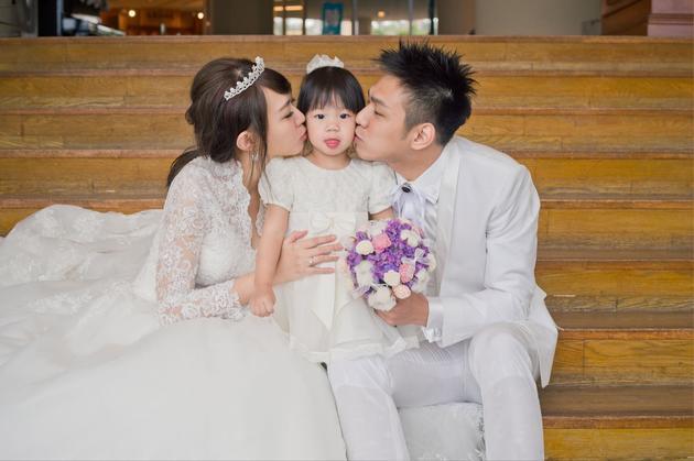 【有意思】卓依婷隐婚三年将补办婚礼 已有两岁可爱女儿