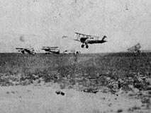 淞沪抗战日军惨败 首战被击落六架飞机