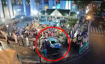 泰国:轿车冲向人群 有中国游客受伤