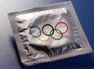 第172期:巴西为运动员提供大量安全套 目的不单纯