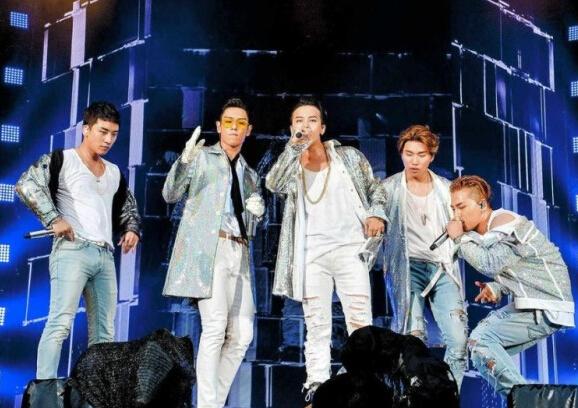 【星娱TV】BigBang十周年演唱会 TOP坦言:担心这是最后一场