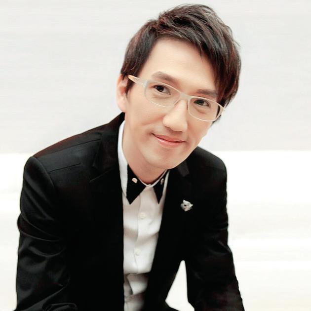 【星娱TV】秘密结婚了?50岁的林志炫称自己很幸福