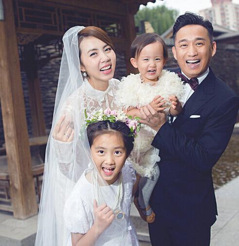 【星娱TV】黄磊谈婚后生活:对家人低姿态是一种修养