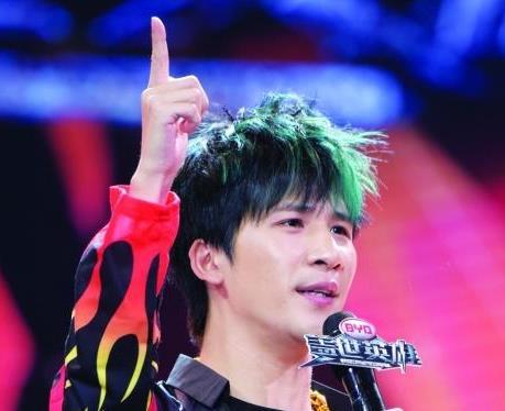 """【星娱TV】大张伟说""""神曲"""":low是接地气 土是不忘本"""