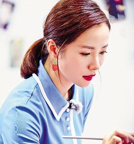 【星娱TV】江一燕:每个人都在她的歌里恋爱过