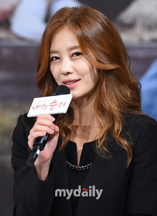 【星娱TV】韩星李智贤3年婚姻破裂 放弃财产只要孩子