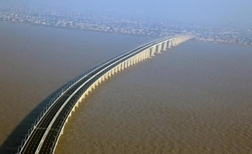 中国创纪录的九座大桥 第一名竟耗资110.9亿