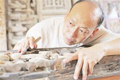 俞友鸿:以刀为笔 以木作画
