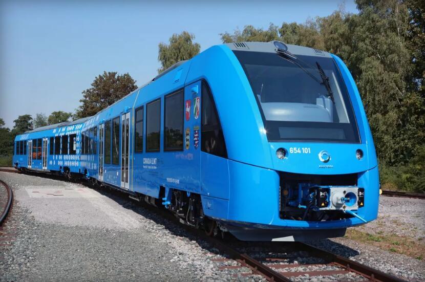 世界首款氢动力客运列车诞生 明年将在德国上路运行