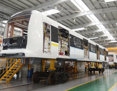记者探访南昌地铁2号线列车制造过程(图)