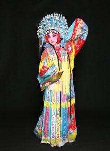 杜甫等人诗中记录的马嵬驿之变:杨贵妃并非被缢杀