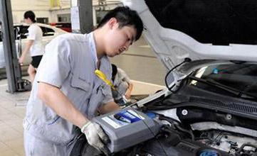 汽车厂商建议五千公里换机油 有多少人知道原因?