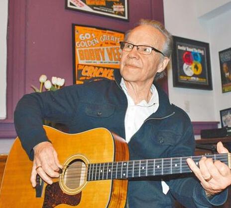 《爱你在心口难开》歌手鲍比维病逝 享年73岁
